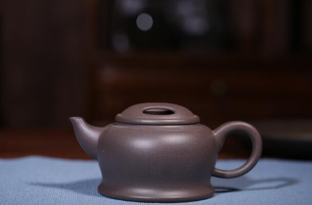 周丽娟:浅谈紫砂壶个人风格的形成